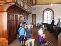 Orgelführung für Kinder am 4.08.2020 in St. Vitus Sailauf (14)