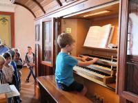 Orgelführung für Kinder am 4.08.2020 in St. Vitus Sailauf (8)