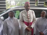 Bischof Arulselvam Rayappan besucht erstmalig Einrichtungen in seinem neuen Bistum Salem (19)