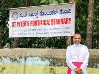 Freude über die Ernennung zum Bischof im Päpstlichen Institut Bangalore (1)